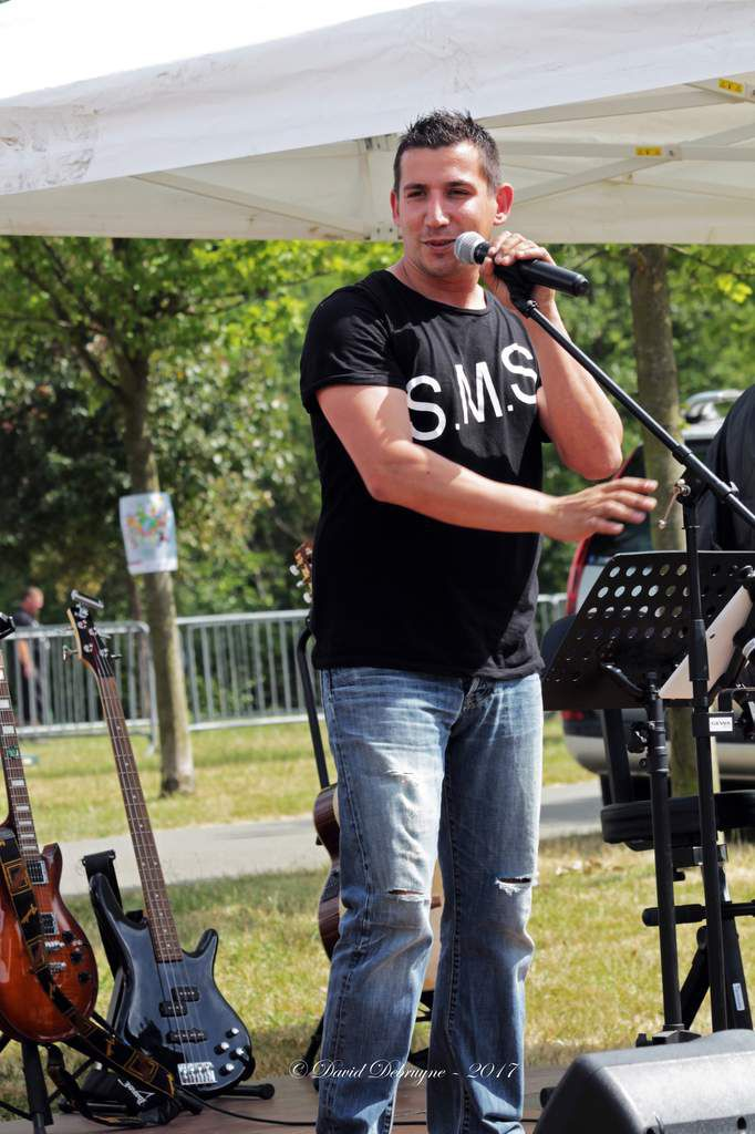 Concert d'ouverture du Festi Fort avec les groupes Caval'trad et  SMS
