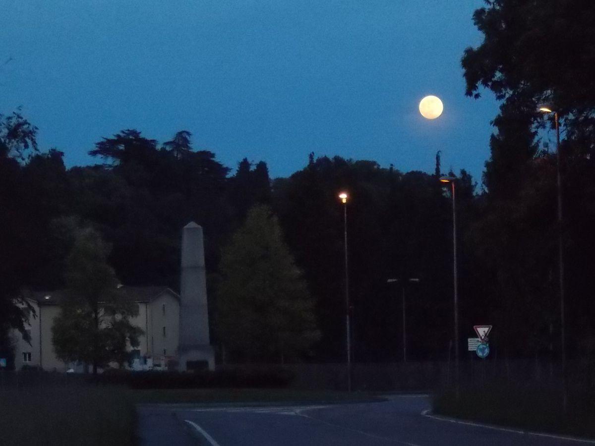 La Luna prona sprona a svegliarsi