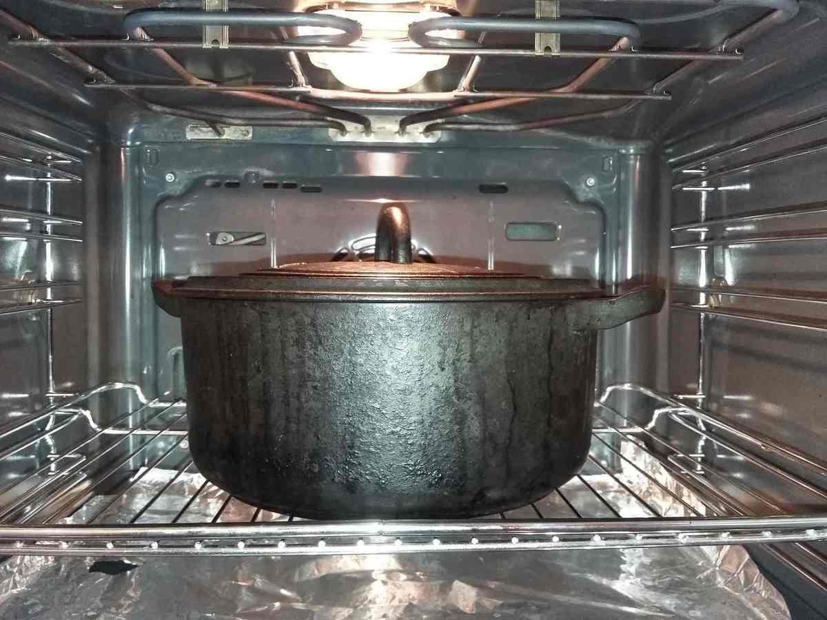 ratte en cocotte aux gousses d 39 ail le blog perso de la cuisine expliqu e. Black Bedroom Furniture Sets. Home Design Ideas