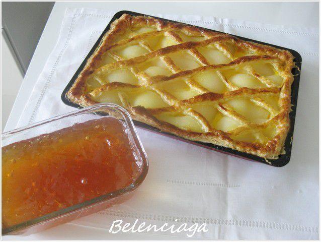 Tarta de pera en hojaldre