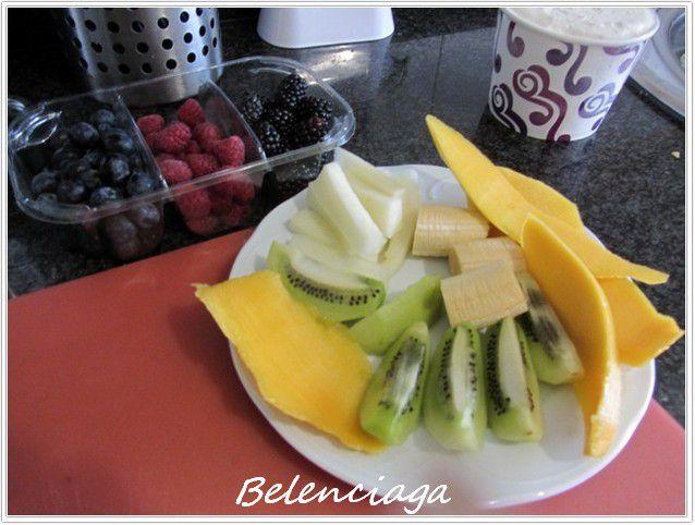 frutas y espuma f de la pasion