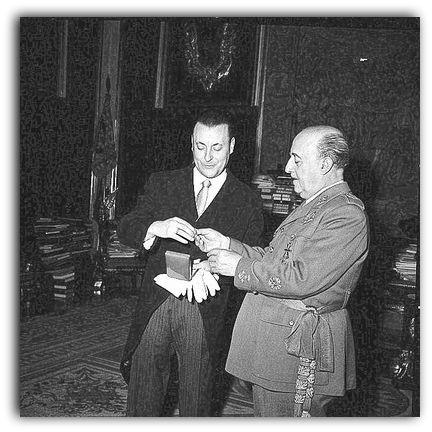 Blas Piñar et le général Franco