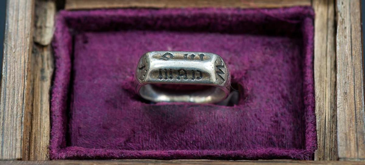 l'anneau de Sainte Jeanne d'Arc