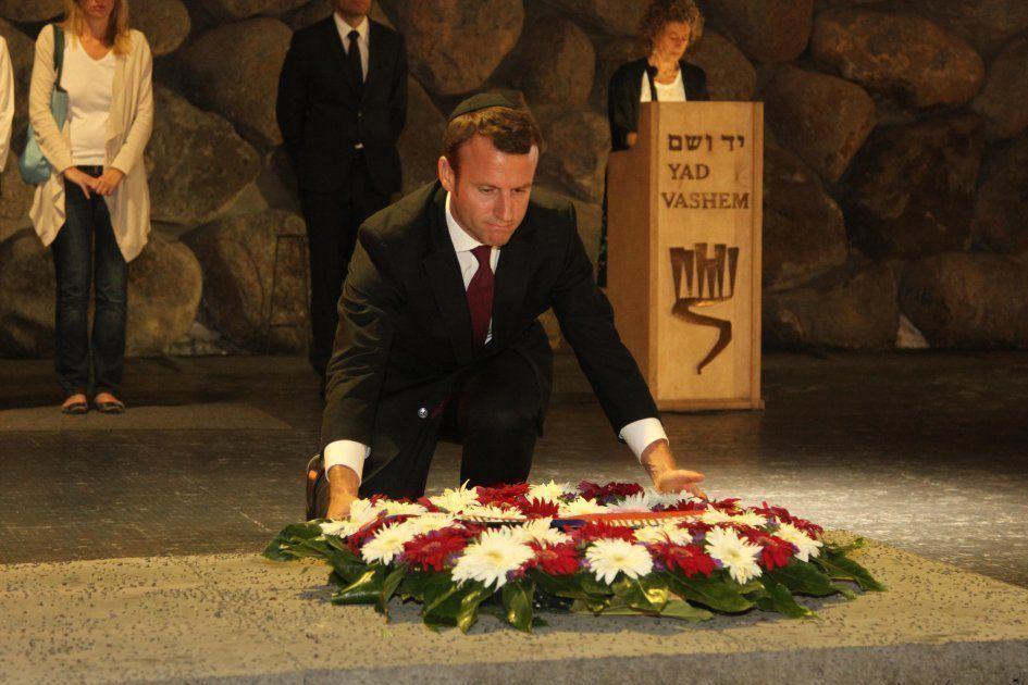 Emmanuel Macron, kippa sur la tête, à Yad Vashem - 09/2015