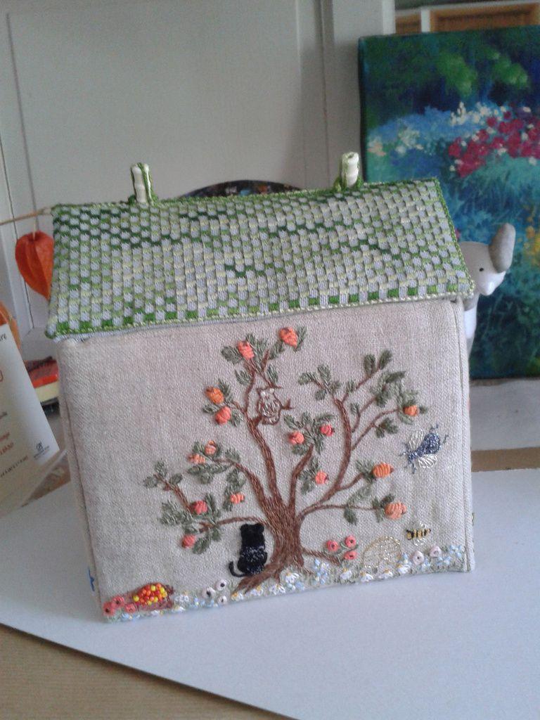 maison boîte à couture