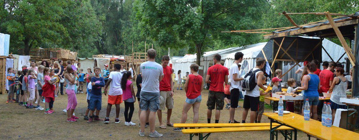 """Gelungener Abenteuerspielplatz """"Holznagelhausen"""" -  Unterstützung durch Förderverein sowie SPD- und CSU-Ortsverein"""