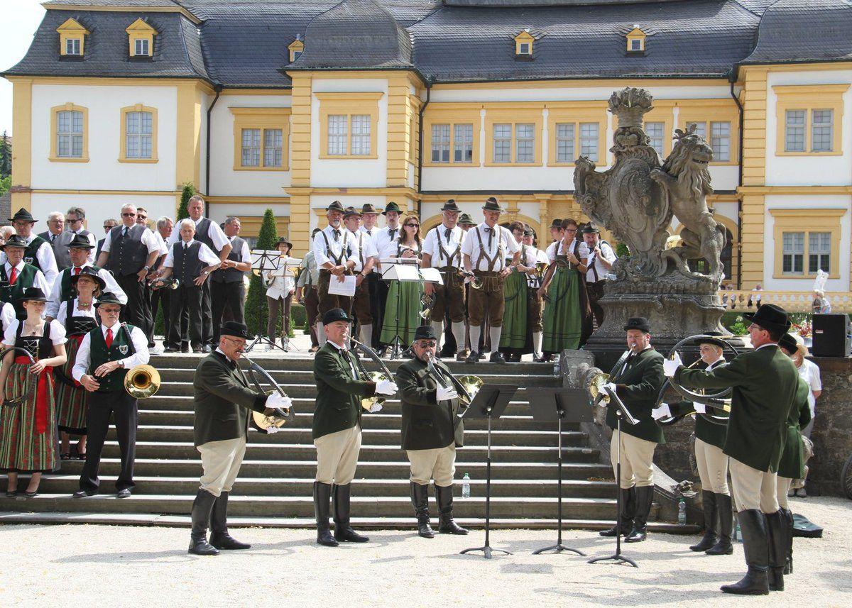 HORN AUF! BLAST AN! Jagdhornkonzert am 17. Juli 2016 im Veitshöchheimer Hofgarten