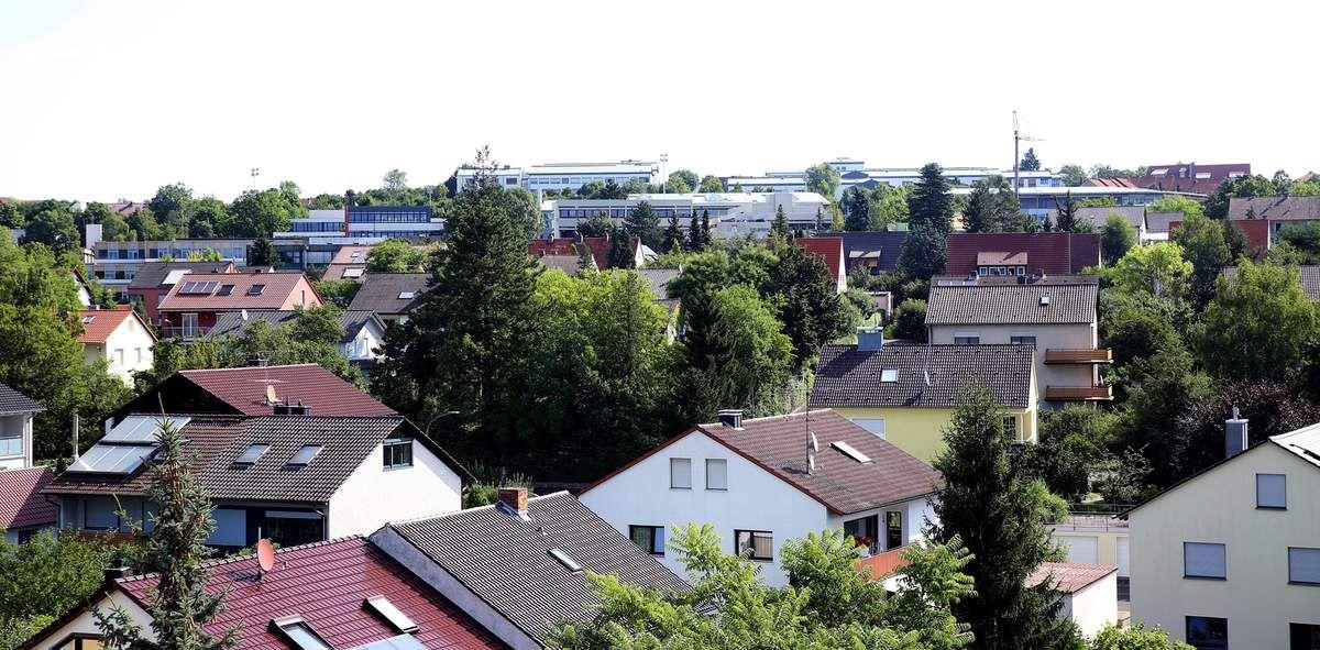 Blick nach Osten zum Schulzentrum