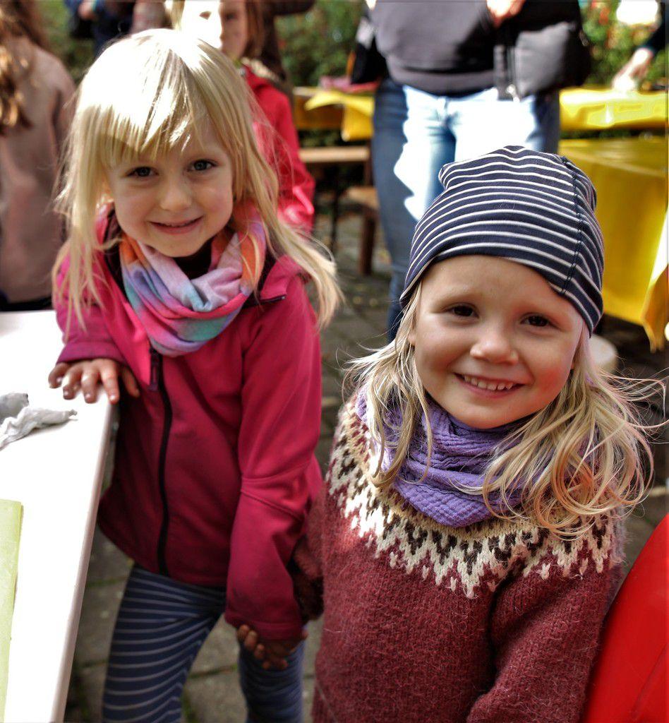 Auf den beiden vorderen Plätzen landeten dabei die Kleinsten, Charlotte und Rebekka, die sich als erste ein Buch auswählen konnten.