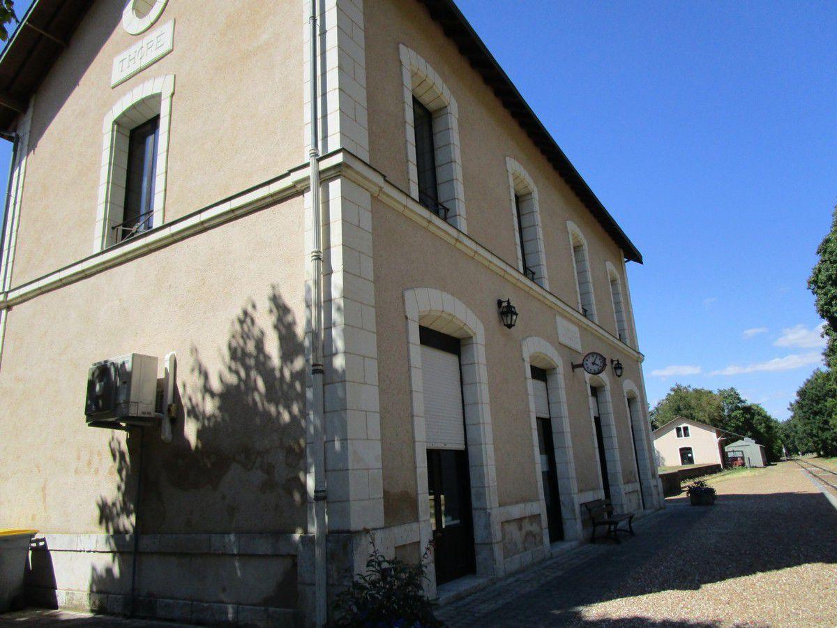 Une visite la maison des vins de thor le mille pattes - Maison mediterraneenne des vins ...