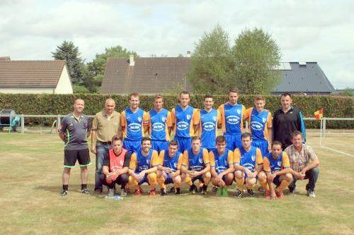 L'équipe 1 du FC Val du Loir