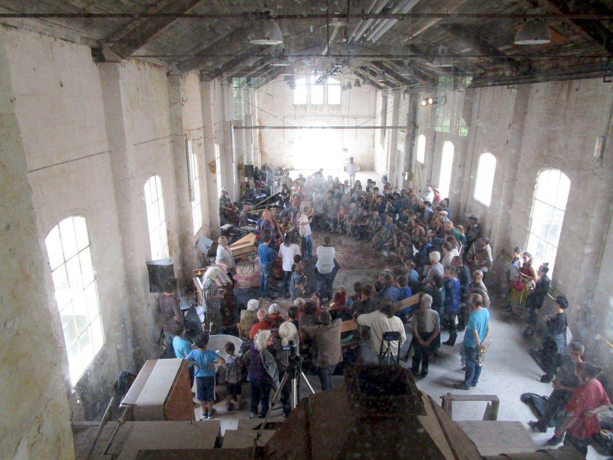 """Un public nombreux était présent  lors de la venue de l'ensemble """"Offrandes"""" en juin"""