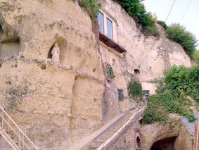 Trôo : escalier Saint Gabriel