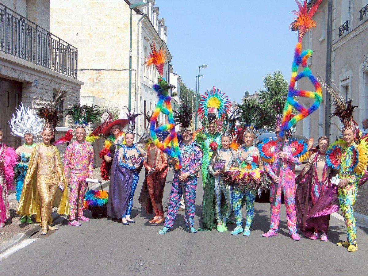 Lorsque Paradis parade dans les rues de La Chartre