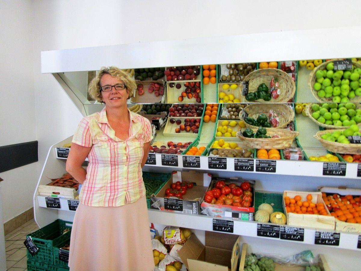 Christelle Martineau sait accueillir ses clients dans la bonne humeur