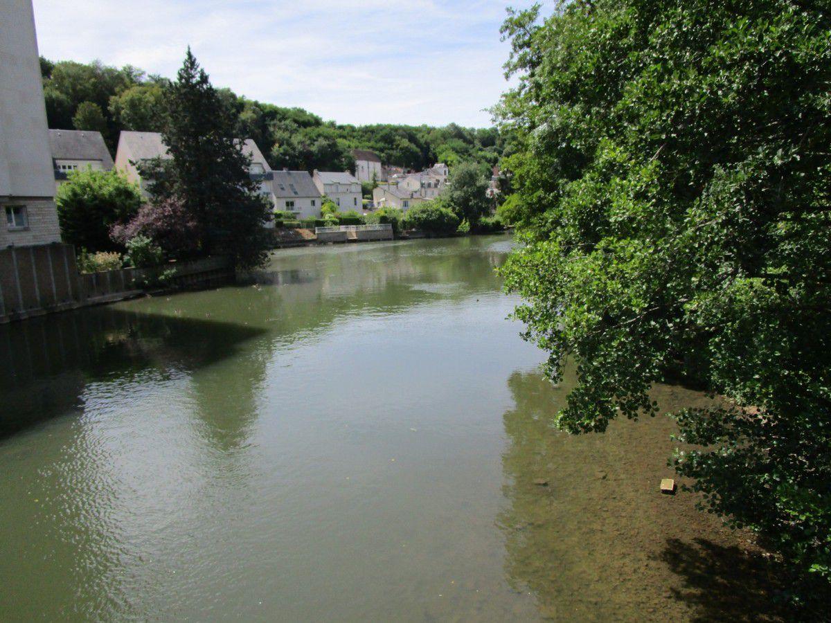 Le Loir et le site d'Aubigné Racan