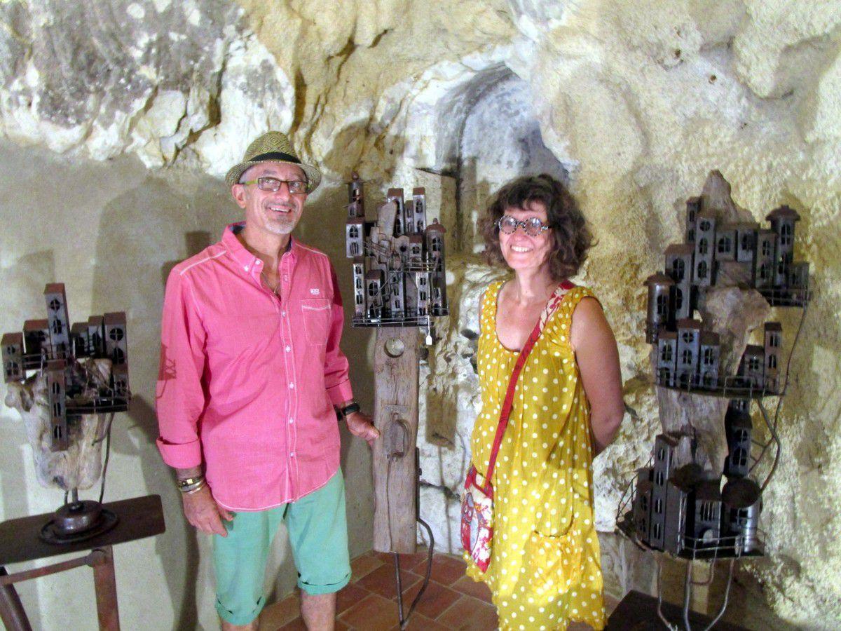 Sophie Delpy et Giovanni Scarciello lors du vernissage de leur exposition à Trôo en août 2016