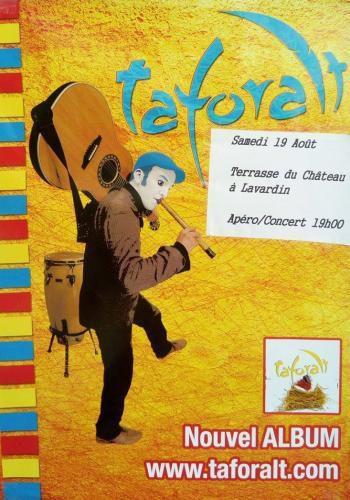 """Le groupe """"Taforait"""" joue à la Terrasse du château à Lavardin"""
