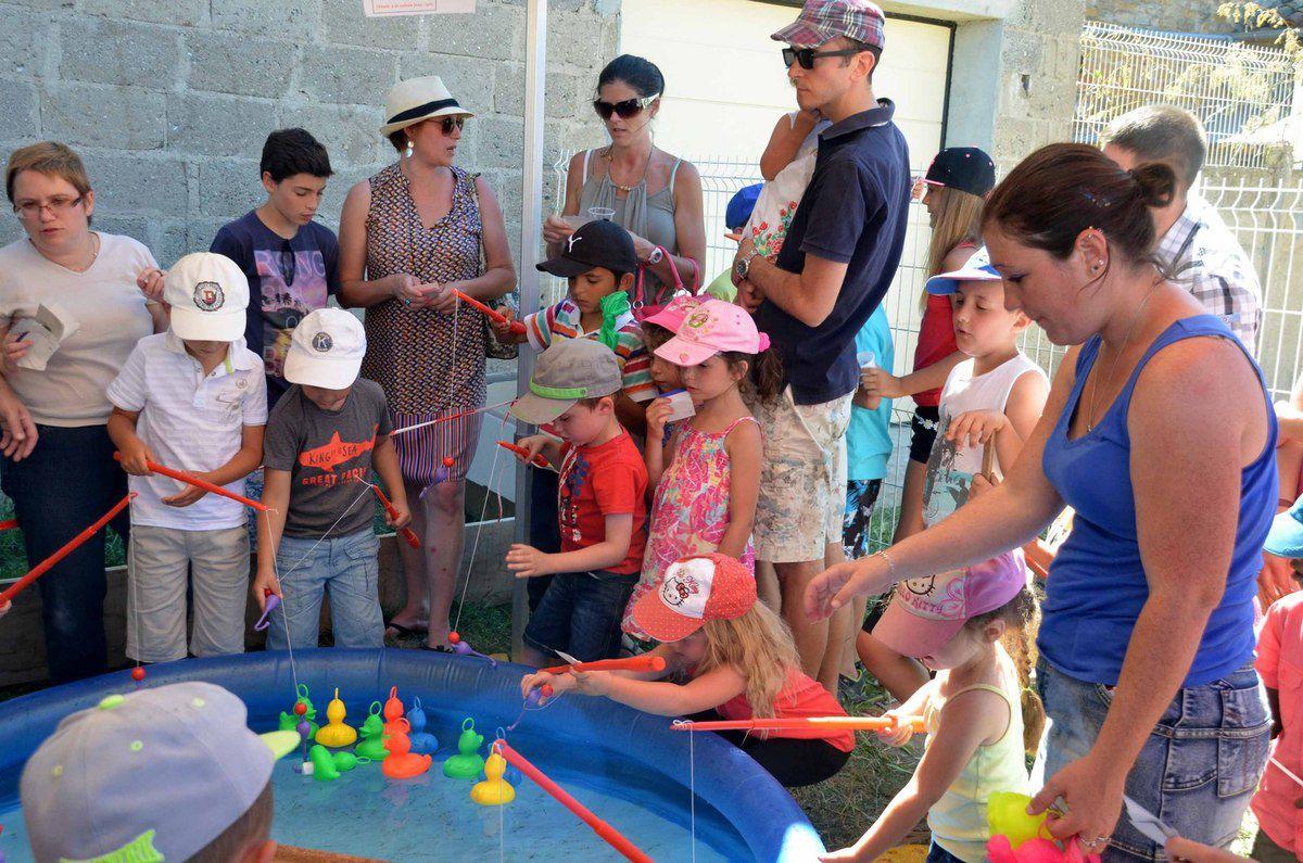 Une bonne fête des écoles du RPI Boz, Ozan, Reyssouze, malgré un temps caniculaire.