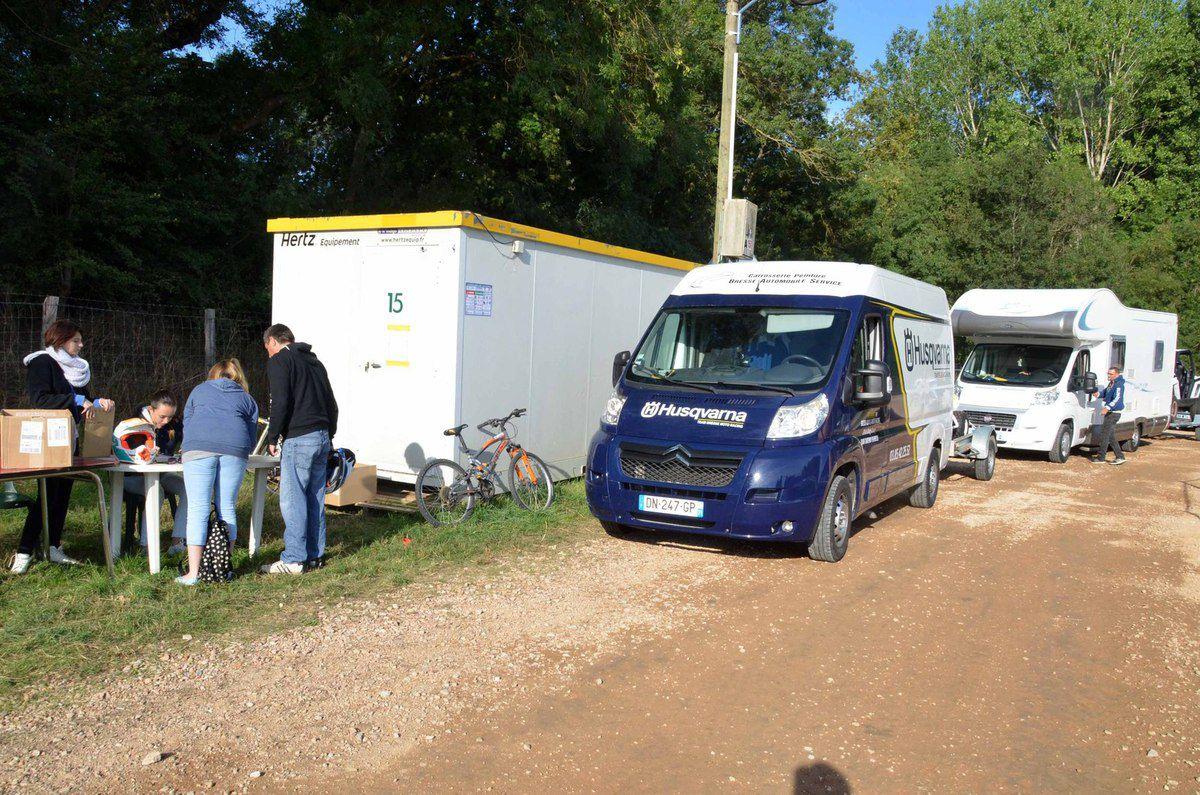 Les Alsaciens de PV Racing premiers au paddock.