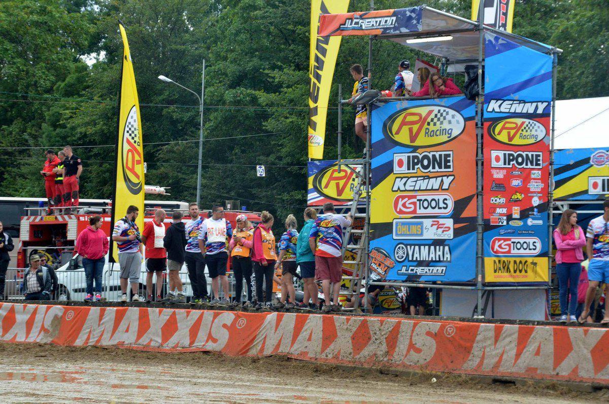 Romain Couperie passe la 5ème dans la boue.