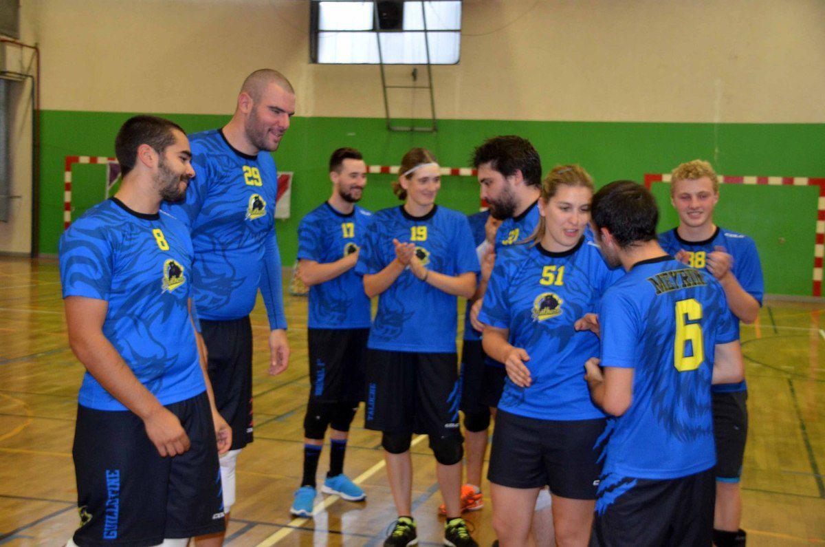 Deux équipes du canton de Genève emportent le tournoi de tchoukball de SLC.