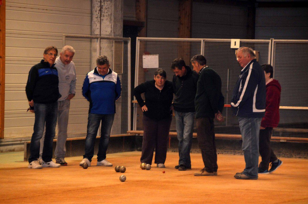 L'Amicale boules de Saint-Etienne marquait le début de la trève des confiseurs de la boule lyonnaise.