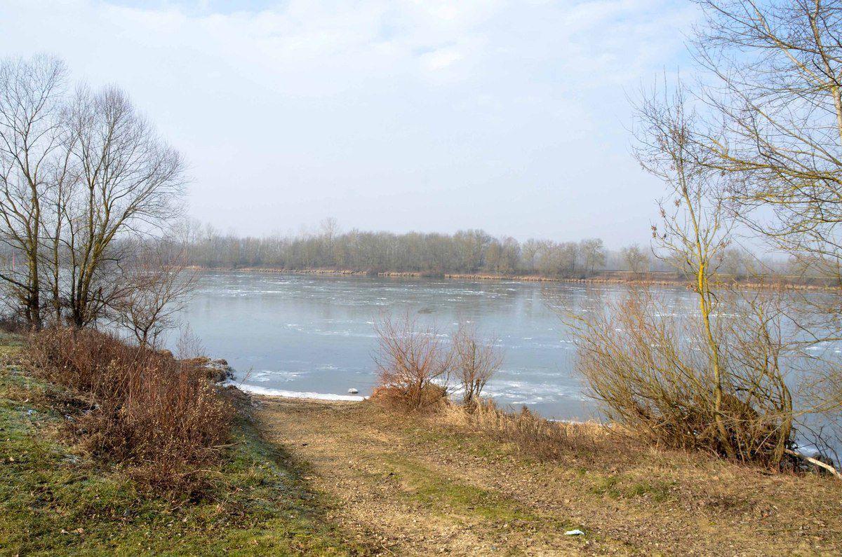La Saône prise par les glaces.