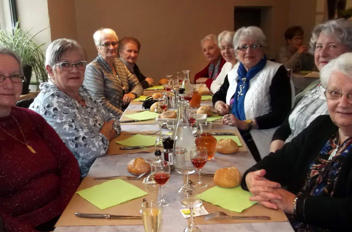 Un repas d'Agathines à Gorrevod.