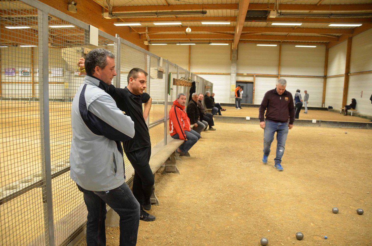 Le dernier concours indoor a été survolé par les pétanqueurs pontévallois.