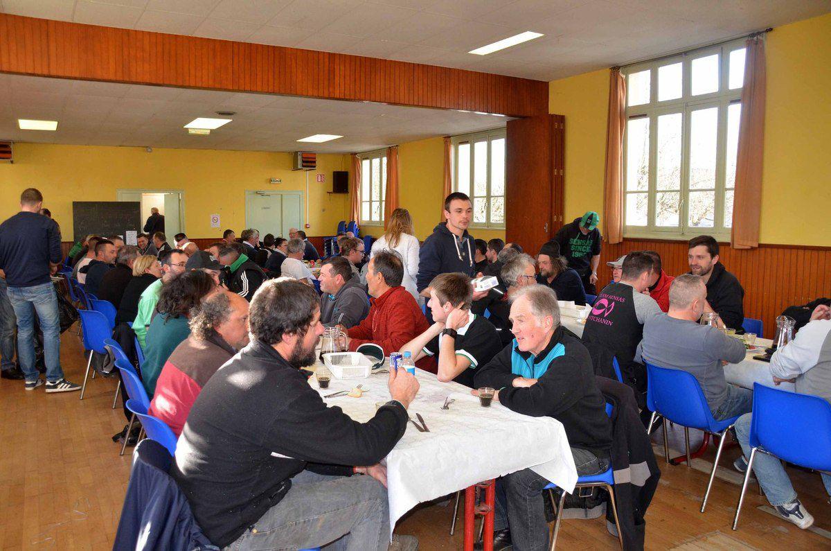 Le Challenge Sensas a réuni 64 pêcheurs sportifs.