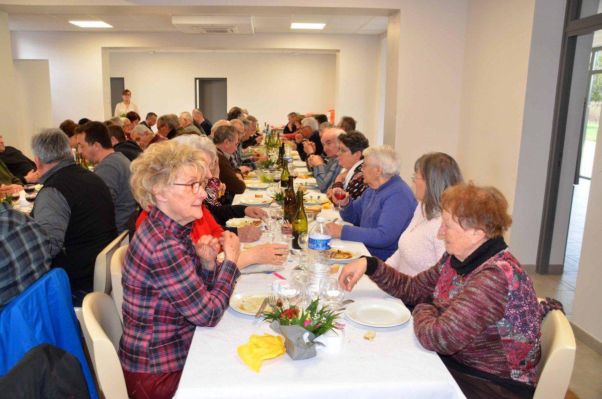 Chasseurs et amis étaient présents en nombre au banquet annuel des chasseurs.