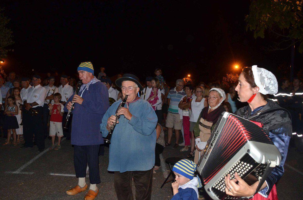 Le groupe folklore bressan pontévallois a perdu l'un de ses musiciens : Gaston Laclayat.