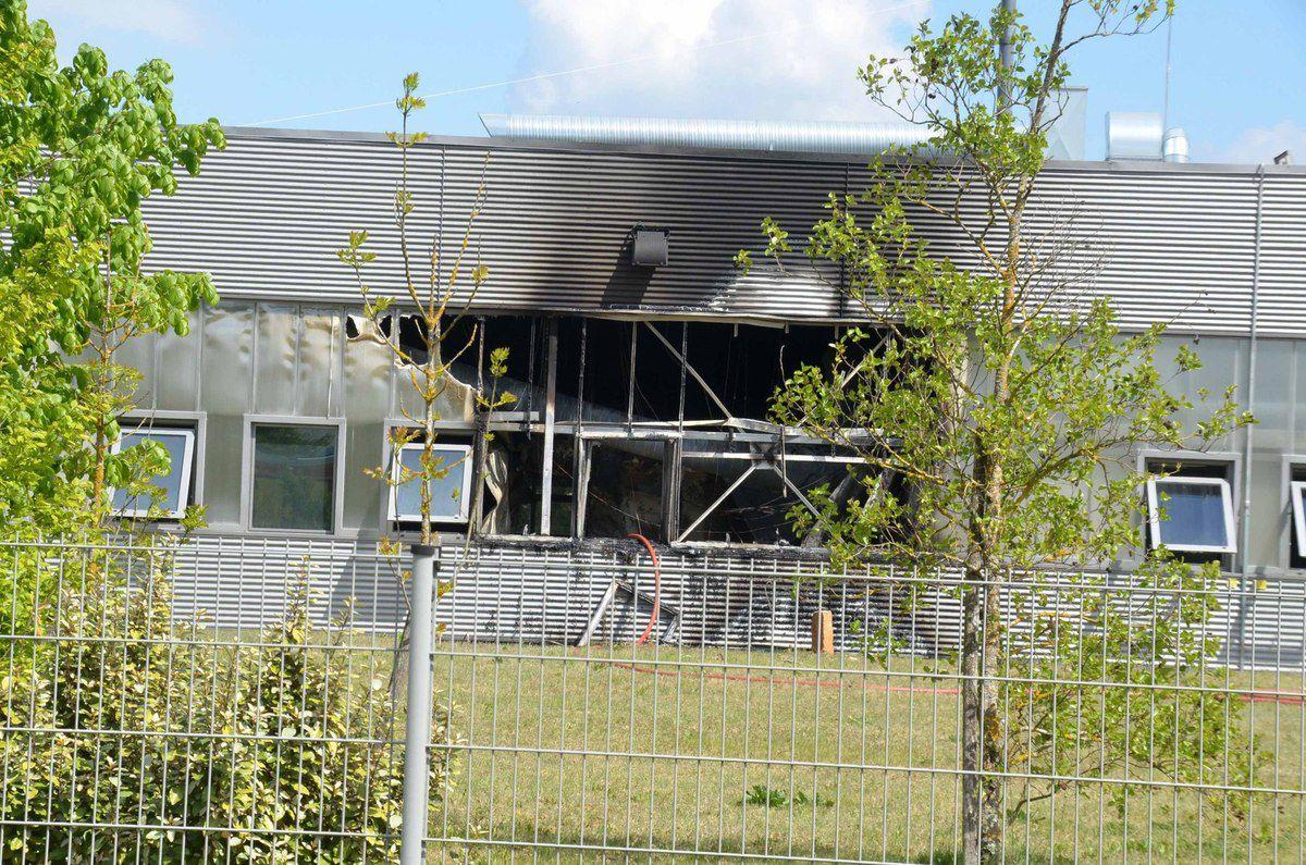Un atelier de 200 mètres carrés incendié chez LCB Food Safety en zone acti-parc à Boz.