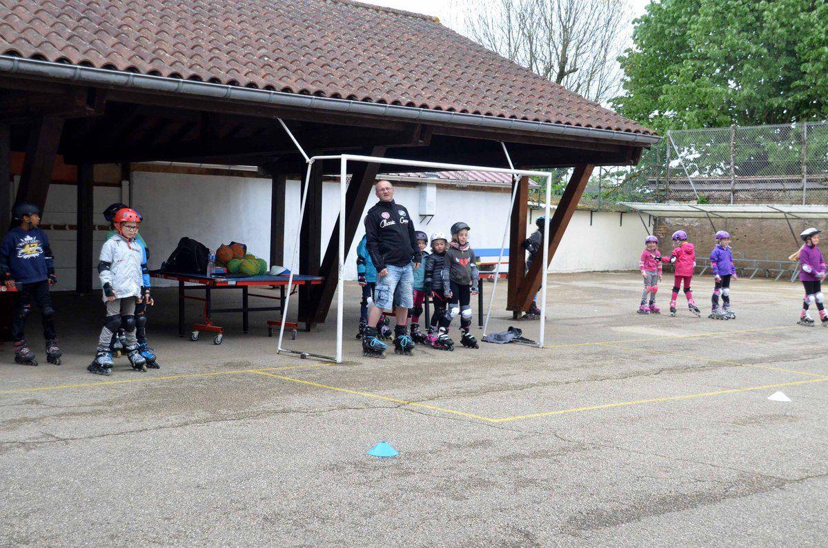 Un stage de rollers a réuni 17 élèves des écoles du territoire intercommunal.