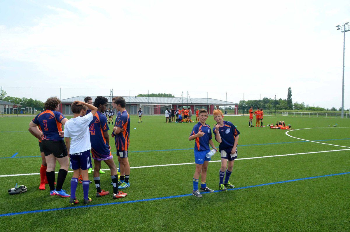 Les finales académiques ont réuni 270 rugbymen (et rugbywoomen) en herbe au complexe sportif de Saint-Bénigne.