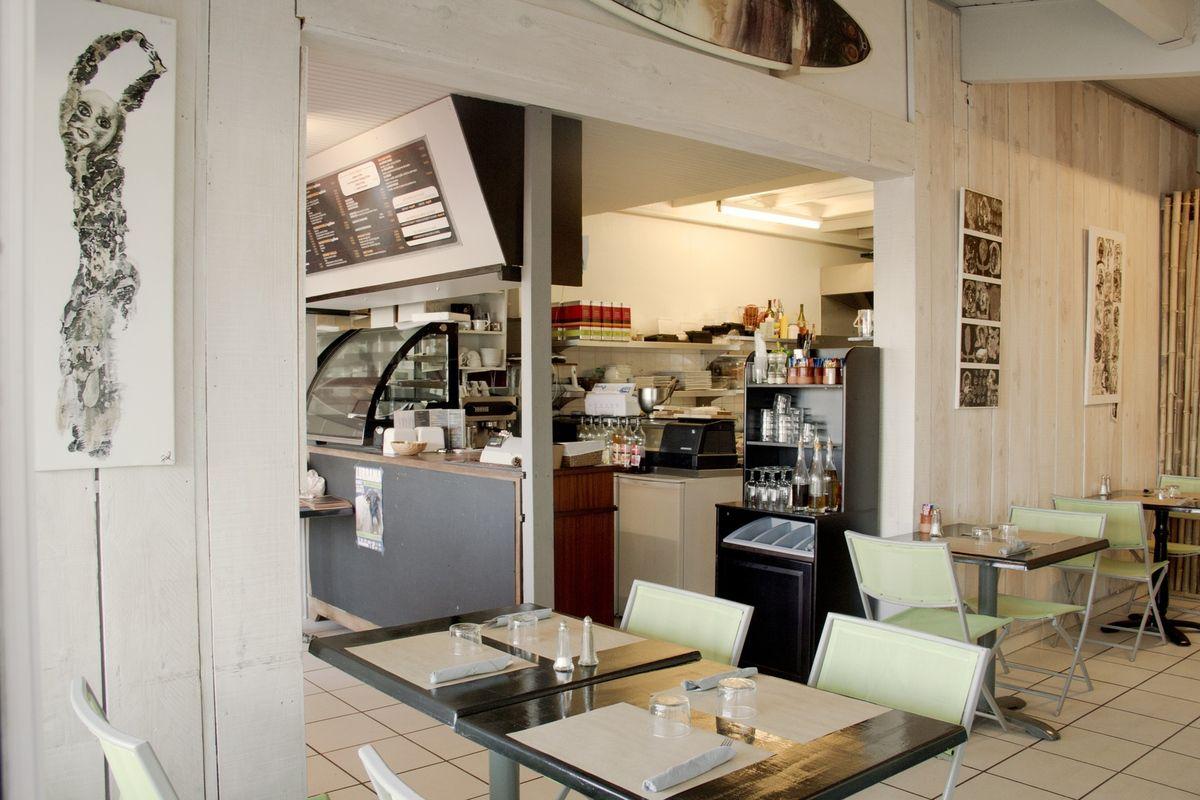 Restaurant sushi wok 39 n rolls saint jean de luz bidart for Amenagement cuisine professionnelle restaurant