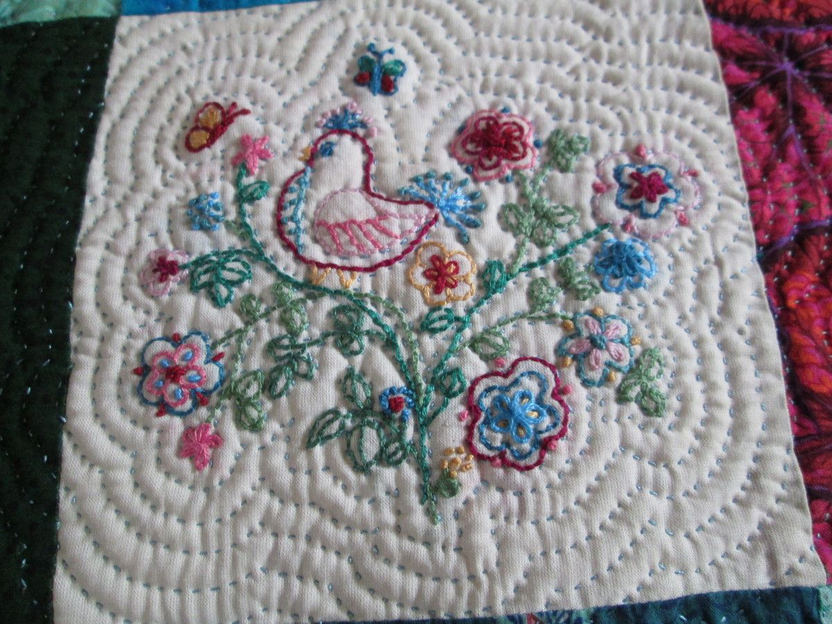 Coussin &quot&#x3B;bustle and sew&quot&#x3B;, 2