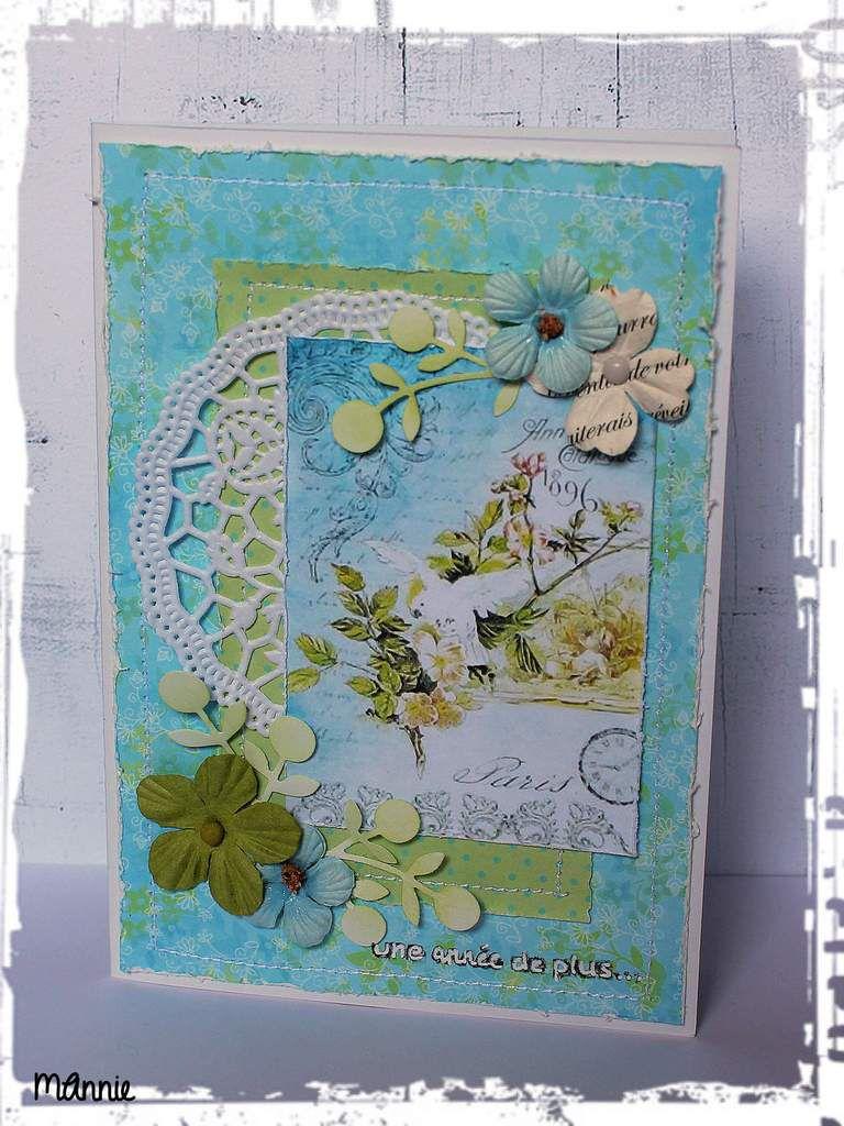 papiers Infocréa, Clairefontaine et  le bleu, offert par Créacam &#x3B; découpe Kési'art &#x3B; tampon Simply Graphic, napperon, fleurs diverses