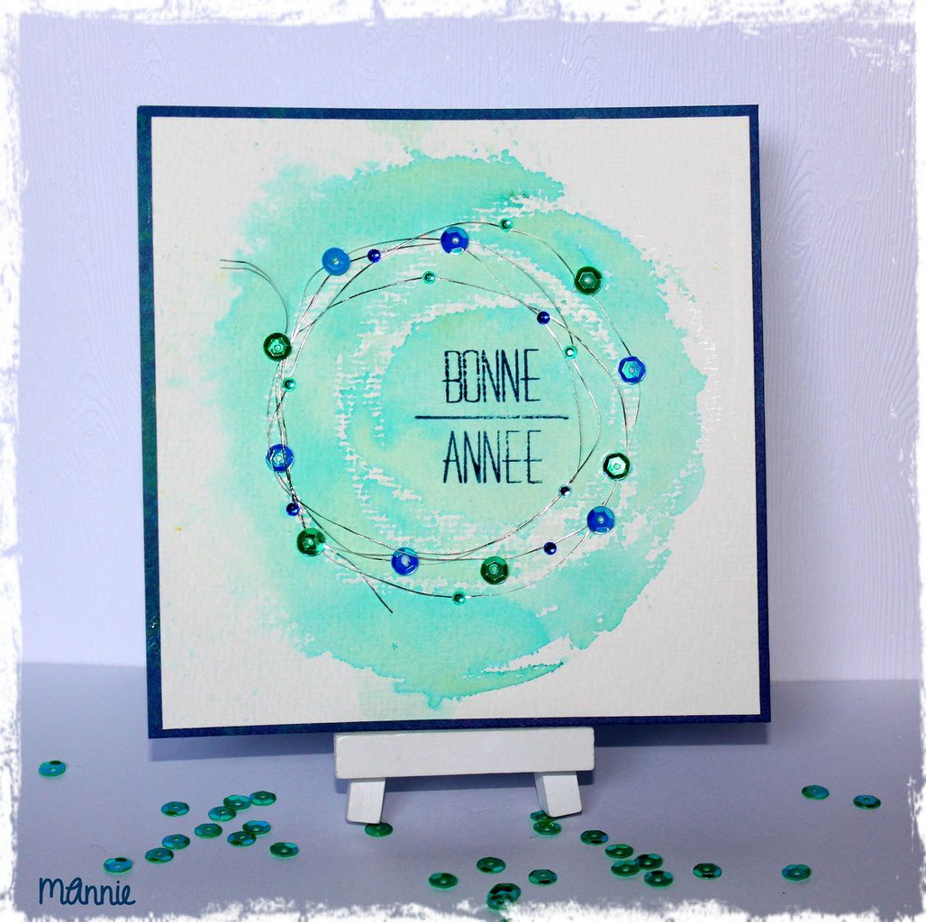 papiers aquarelle, Infocréa ; brusho sea green utilisé comme  de l'aquarelle ; tampon Simply Graphic ; sequins, minis strass, fil argenté, bougie
