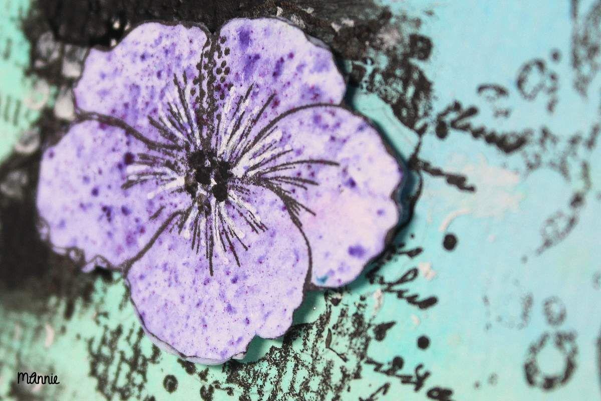 fleur détourée et montée sur carrés 3D