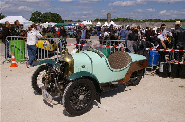 Le Cycle cars au Vintage Revival Montlhéry