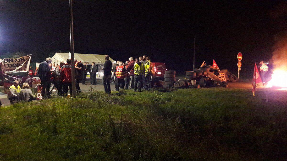 La police hors jeu à Valenciennes : blocage inattendu cette nuit au dépôt pétrolier d'Haulchin