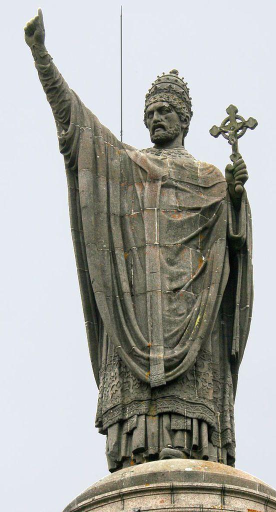 Statue d'Urbain II, à Châtillon-sur-Marne, lieu présumé de sa naissance