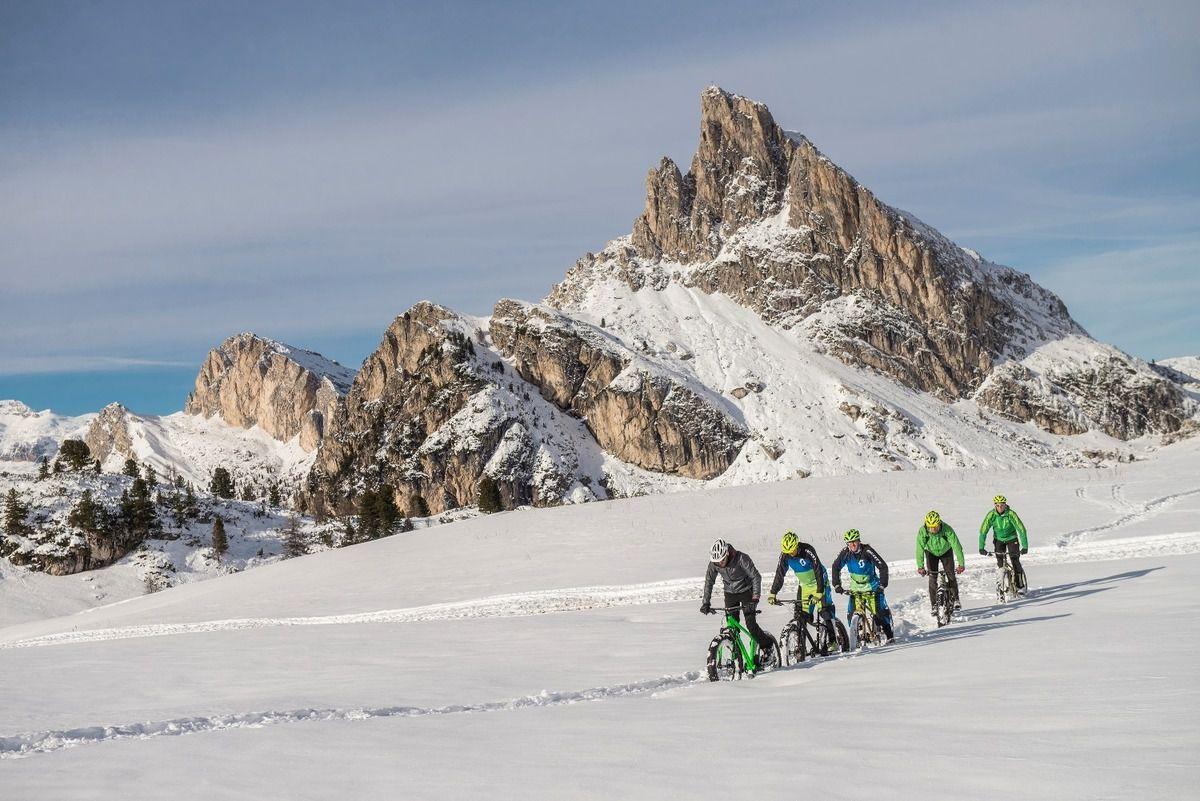 A Cortina d'Ampezzo con la Fat Bike: un modo nuovo di vivere la neve
