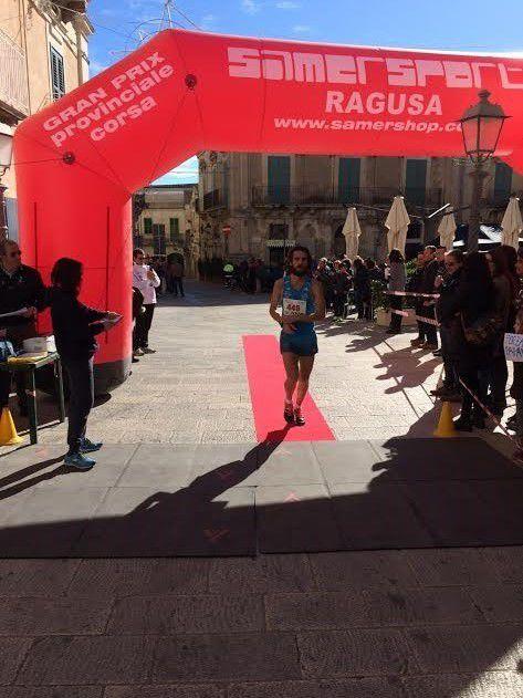 Il vincitore della Maratona di Ragusa 2015, Carlo Rovella