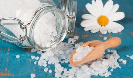 Le gros sel et la pierre d'alun comme remède contre la sorcellerie, la possession, le mauvais oeil (audio)