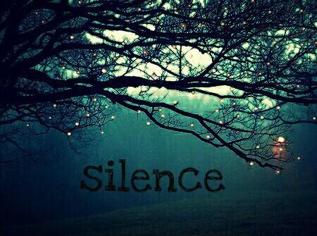 Apprends à garder le silence tout comme tu apprends à parler