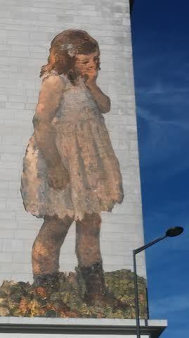 Des oeuvres monumentales sur des murs d'Angers...