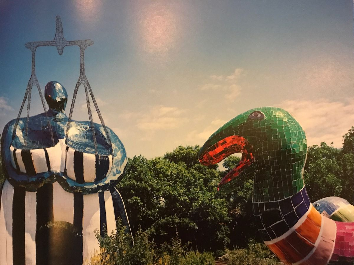 Niki de Saint-Phalle et son &quot&#x3B;Arbre-serpents&quot&#x3B;
